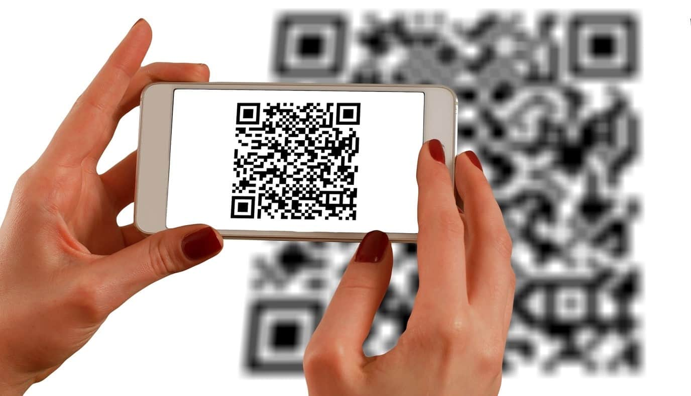 content/en-au/images/repository/isc/2020/9910/a-guide-to-qr-codes-and-how-to-scan-qr-codes-1.jpg