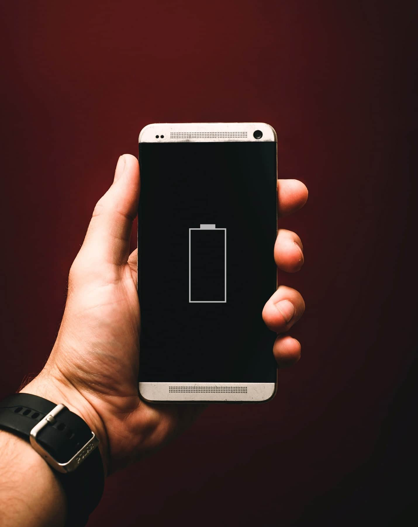 content/en-au/images/repository/isc/2020/9910/prolong-your-smartphone-battery-lifespan-1.jpg